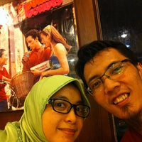 Photo taken at Dunkin' Donuts by Meidiza H. on 8/26/2013