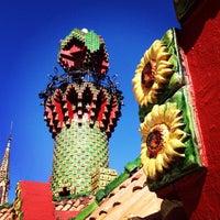 Foto tomada en El Capricho de Gaudí por Jesús P. el 5/4/2013