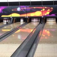 Photo taken at Bowling Hermandad Gallega by Ruth C. on 11/16/2013