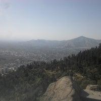 Foto tirada no(a) Cerro San Cristóbal por Raul Alexis M. em 10/13/2013