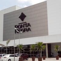10/8/2013 tarihinde Jerry A.ziyaretçi tarafından Shopping Ponta Negra'de çekilen fotoğraf