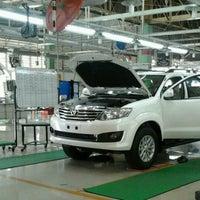 2/2/2013 tarihinde Lavero Dewantoroziyaretçi tarafından PT. Toyota Motor Manufacturing Indonesia Karawang Plant'de çekilen fotoğraf