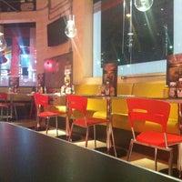 Foto tirada no(a) Garage Burger por Rodrigo P. em 10/12/2012