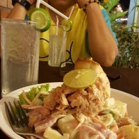 Photo taken at Kung Seafood by Nuchjung on 12/5/2015