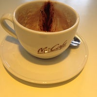 Photo taken at McDonald's by Ecla on 11/1/2014