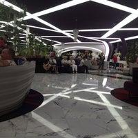 10/16/2013 tarihinde Mustafa Firat K.ziyaretçi tarafından Vikingen İnfinity Lobby Bar'de çekilen fotoğraf