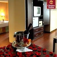 Foto tomada en Hotel Clarion Suites Guatemala City por Hotel Clarion S. el 10/7/2013