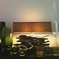 Das Foto wurde bei BERLINRODEO interior concepts GmbH von Elliot v. am 12/2/2013 aufgenommen
