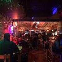 12/21/2013 tarihinde Gül Ö.ziyaretçi tarafından Blackboard Cafe & Bar'de çekilen fotoğraf
