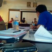 Photo taken at SMK SELIRIK by Adnan idris A. on 4/19/2012