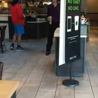 Photo taken at Starbucks by Will 李. on 10/19/2015