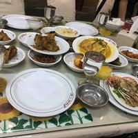 Photo taken at Restoran Padang Garuda by HaZiq H. on 12/11/2016