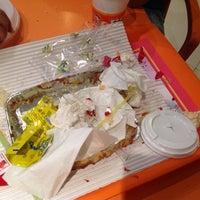 Photo taken at Pizza 20 | پیتزا بیست by Sadaf H. on 9/25/2013