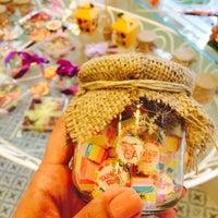 Foto diambil di Büyükada Şekercisi Candy Island Cafe Patisserie oleh Çiler Ş. pada 5/21/2015