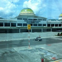 Photo taken at Sultan Iskandar Muda International Airport (BTJ) by Agung R. on 10/25/2012