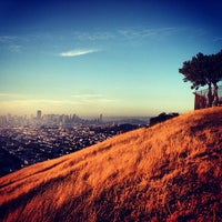 Foto scattata a Bernal Heights Park da Jordan P. il 6/1/2013