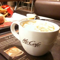 Photo taken at McDonald's by Chemexx ร. on 1/16/2013
