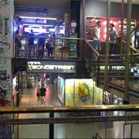 Foto tirada no(a) Bond Street por Pedro S. em 2/16/2013
