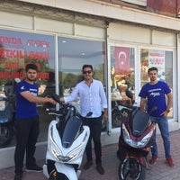 Photo taken at Honda Ataberk Plaza Kumluca by Ömer T. on 7/6/2018