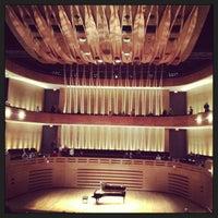 3/3/2013 tarihinde Michelle M.ziyaretçi tarafından Royal Conservatory of Music'de çekilen fotoğraf