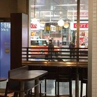 Photo taken at ドトールコーヒーショップ 新幹線新大阪駅店 by masmi on 1/9/2016