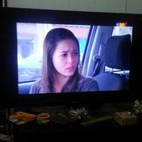 Photo taken at Depan tv by zalwani a. on 12/20/2012