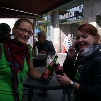Das Foto wurde bei Pufferimbiss am Hermannplatz von Nina J. am 9/15/2012 aufgenommen