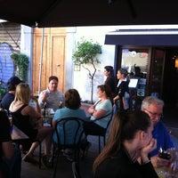Das Foto wurde bei Cabiria Lounge Bar von Juan J. am 5/13/2013 aufgenommen