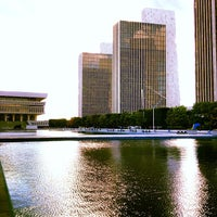 Photo prise au Empire State Plaza par Xander H. le9/15/2012