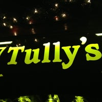 Photo taken at Tully's Good Times by Xander H. on 12/8/2012
