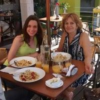 Foto tirada no(a) Botania Restaurante e Pousada por Alexandre B. em 8/24/2014