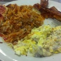 Photo taken at Mamas Kitchen by Shayla C. on 11/17/2012