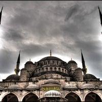 Снимок сделан в Голубая мечеть пользователем Remphin R. 7/14/2013