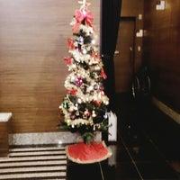 Photo taken at APA Hotel Tsukiji Ekiminami by Toshihiko M. on 12/11/2014