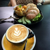 Photo taken at Coffee Tag by Lkp L. on 8/2/2014