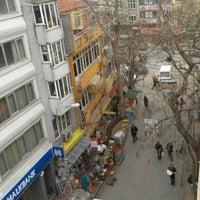 Photo taken at Onur ÖZBEY İnşaat Satış Ofisi by Onur Ö. on 2/13/2015