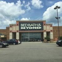 Photo taken at Bed Bath & Beyond by Jason D. on 7/17/2016