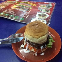 Photo taken at Burger Station by Jilin A. on 3/23/2015