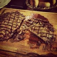 8/29/2013 tarihinde Tagi T.ziyaretçi tarafından Et Mekan Steak House & Nargile Cafe'de çekilen fotoğraf