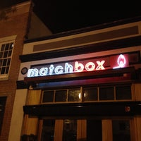 Foto tirada no(a) Matchbox Vintage Pizza Bistro por Aaron C. em 5/25/2013