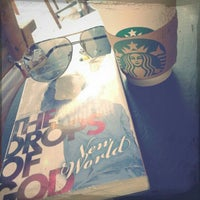Photo taken at Starbucks by Arthur W. on 10/21/2012