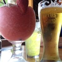 Photo taken at Applebee's Neighborhood Grill & Bar by Jax on 5/19/2012