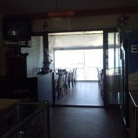 Photo taken at Vera Restaurant by Aykut Sabri Ş. on 11/9/2013