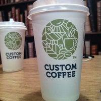 Снимок сделан в Custom Coffee пользователем Anatoly Y. 6/22/2013