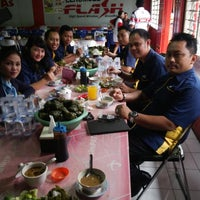 Photo taken at Coto Abdesir by Suratman on 12/30/2013