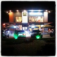 10/14/2012 tarihinde Konstantin K.ziyaretçi tarafından McDonald's'de çekilen fotoğraf