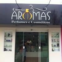 Photo taken at Cores & Aromas by Alexsandro Marcelo M. on 10/10/2012