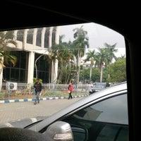 Photo taken at Samsat Jakarta Timur by Faisal A. on 5/14/2013