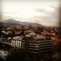 Снимок сделан в Greiffenegg Schlössle Restaurant пользователем Maria A. 10/21/2013