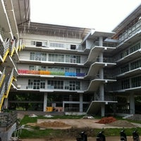 Photo taken at Faculty of Agriculture, Natural Resources and Environment by VASUTPOL OAT C. on 10/8/2012